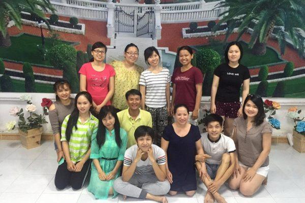 Một nhóm thanh niên ở TP.HCM