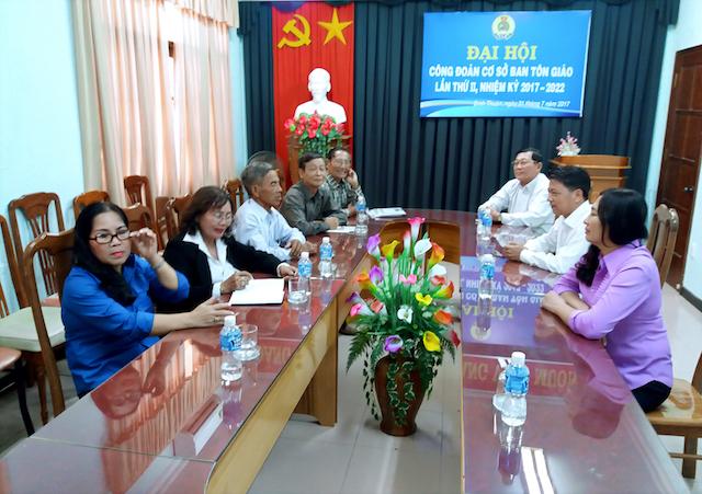 Lãnh đạo Ban Tôn giáo tỉnh tiếp Cộng đồng Tôn giáo Baha'i La Gi, Bình Thuận